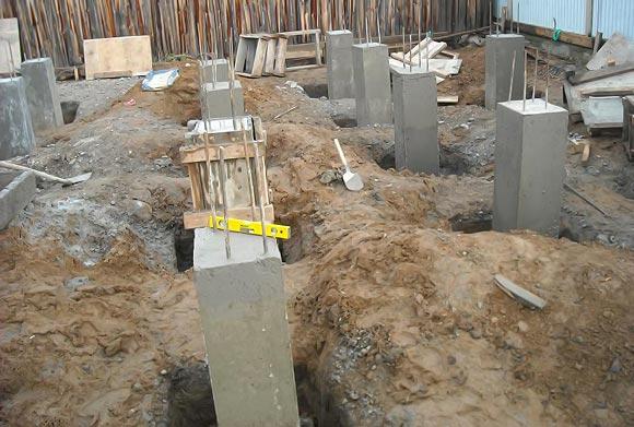 Столбчатый фундамент на столбах из бетона
