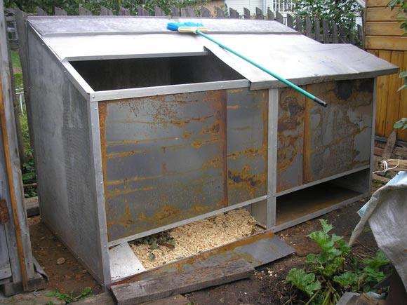 жестяной ящик для компоста