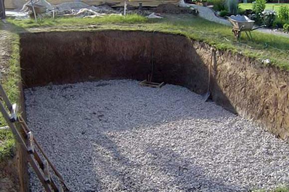 подушка из щебня в котловане плавающего фундамента