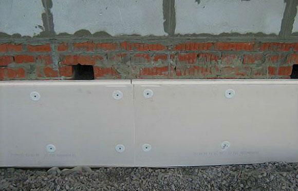 монтаж пенополистирольных плит на фасадный клей
